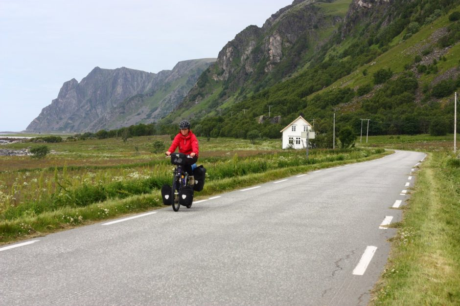 Syklist på en vei, Andøya